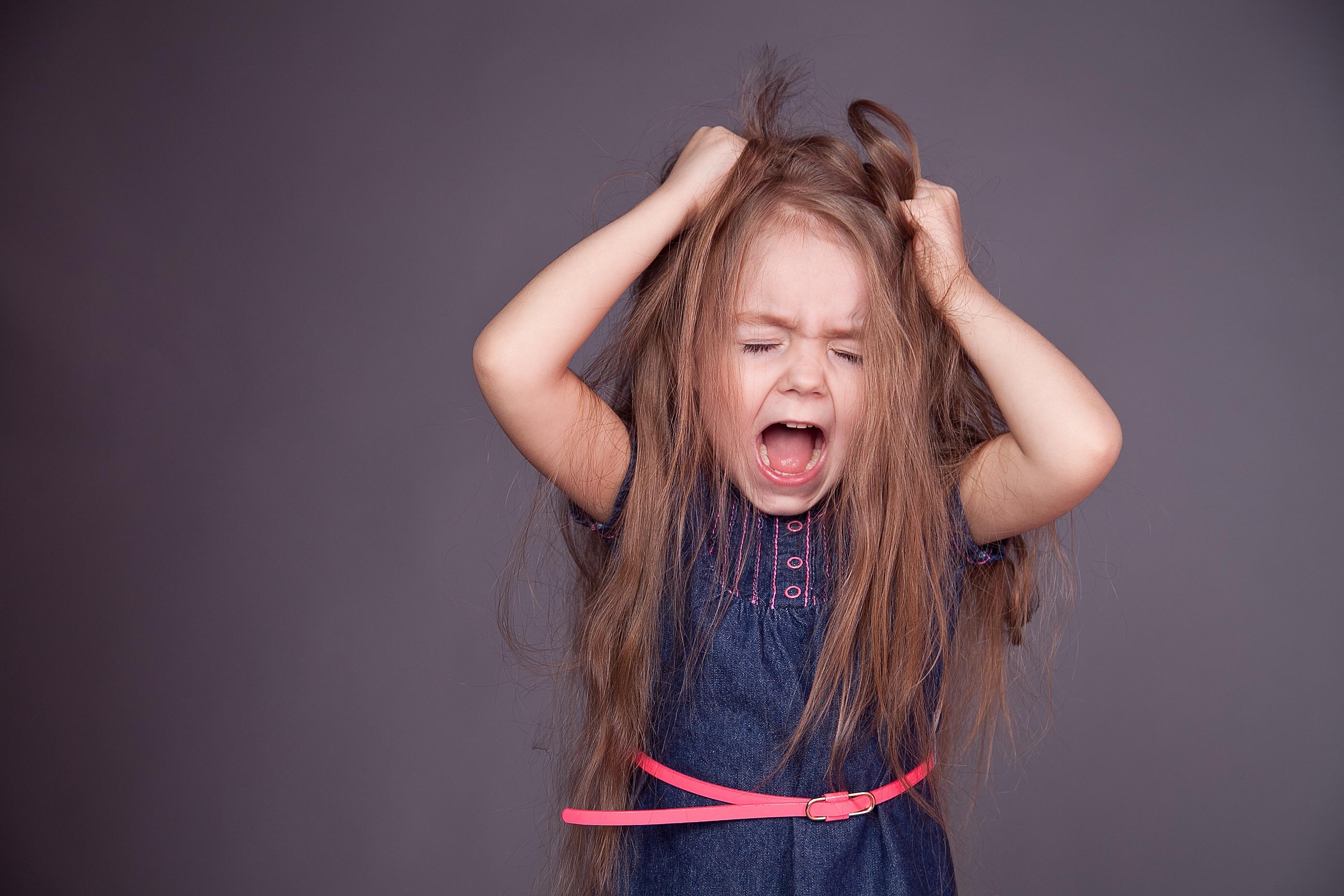 Смотреть порно кричащих девочек 18 фотография